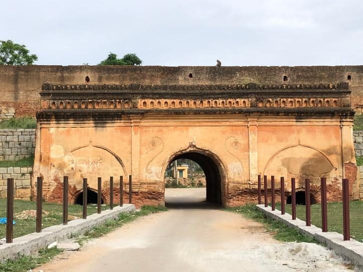 Fort entrance arch.JPG