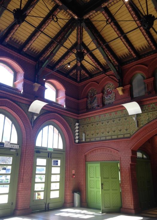 Malbork train station1edited.jpg